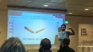 Anders Morgenthaler fortalte om sine egne læringsoplevelser og oplevede undervejs hvad teknikproblem betyder for et foredrag...